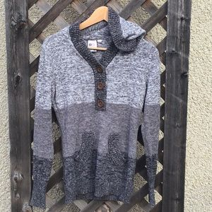 Roxy different tone gray sweater hoodie buttons